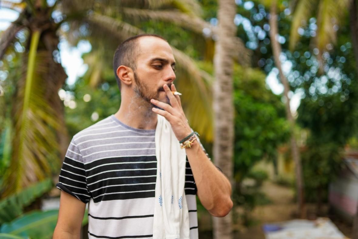 Esteban Solo Cigarette