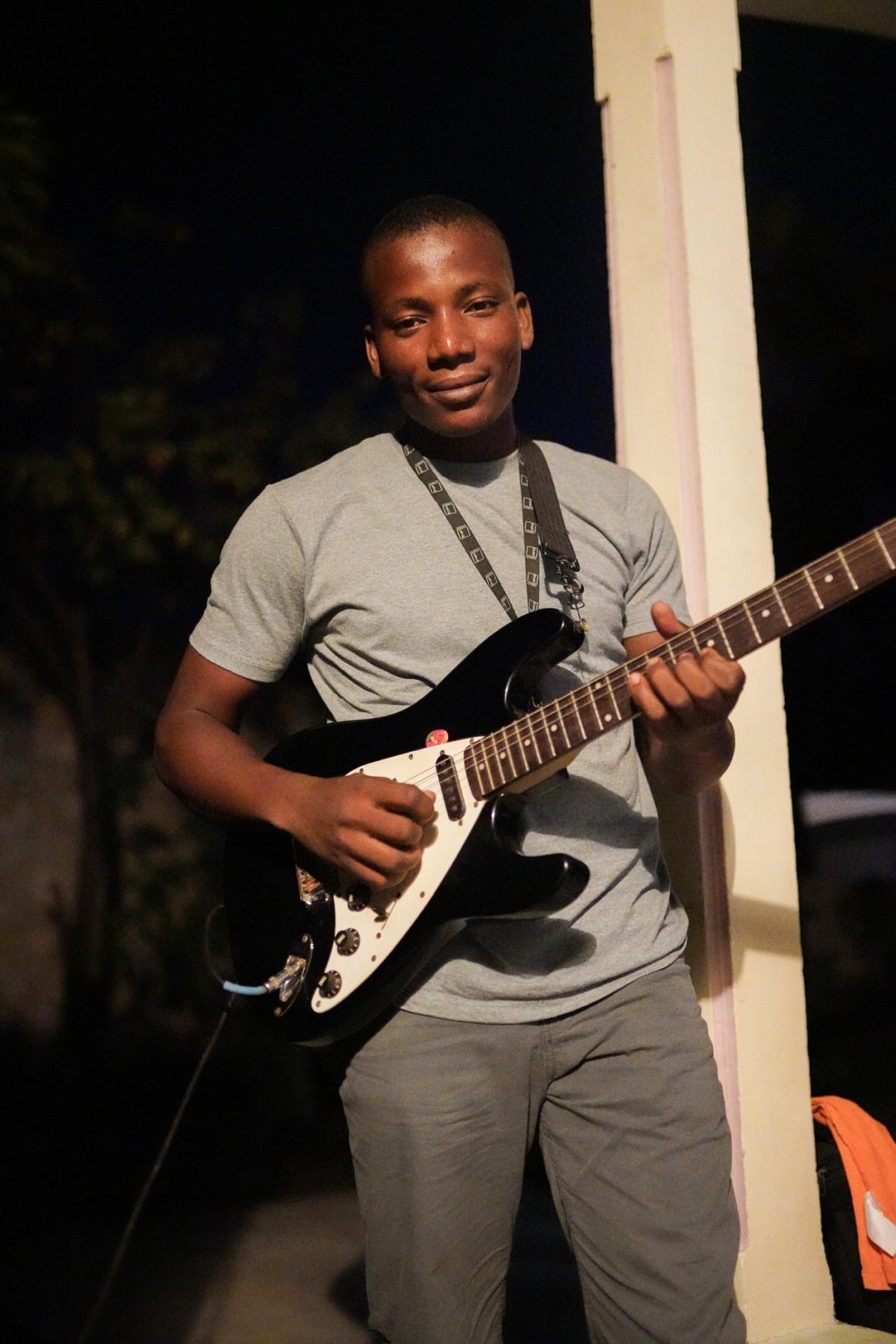 Guitar Odsons Birthday